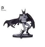Batman Black & White Estatua Batman by Tony Millionaire EE Exclusive 15 cm