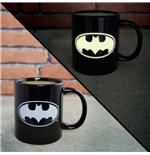 DC Comics Taza Glow In The Dark Batman Logo