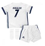 Compra Equipaciones de fútbol para niño Online a Precios Descontados 4bc5d09fcb545