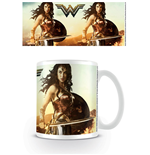 Wonder Woman Taza Fierce