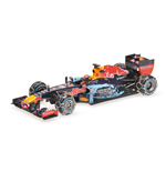 RED BULL RB7 MAX VERSTAPPEN SNOW DEMOSTRATION RUN '16