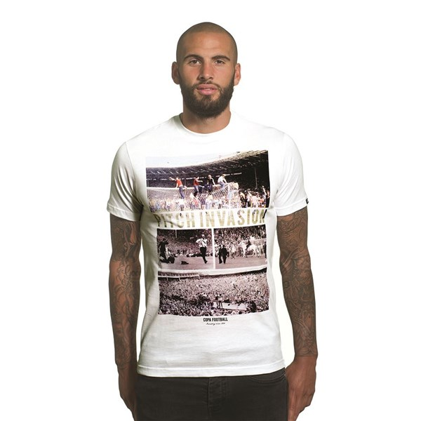 Camiseta Pitch Invasion